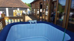 Hot tub in Kensworth