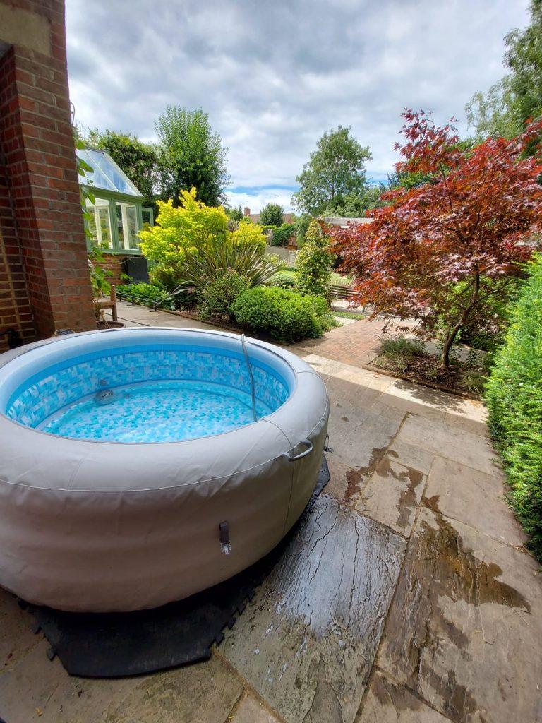 Chesham Garden hot tub