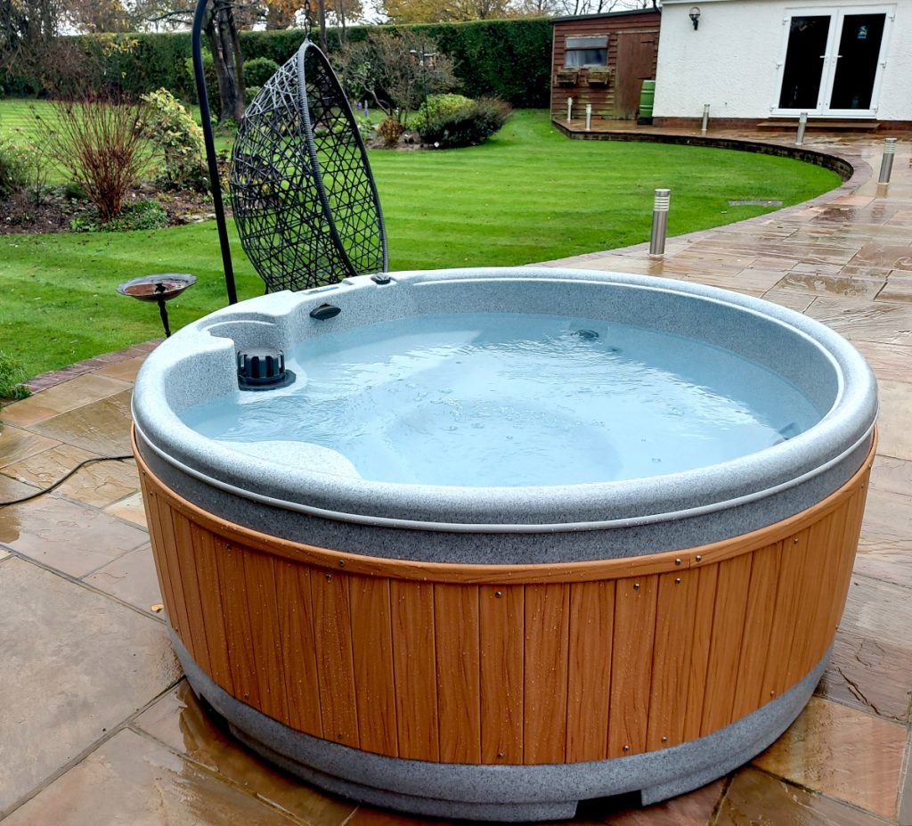 Premier Hot tub