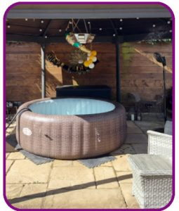 6-7 person hot tub for hire