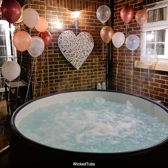 6-7 person hot tub